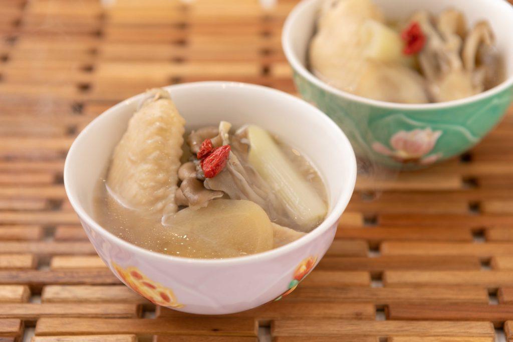 薬膳風きのこスープ